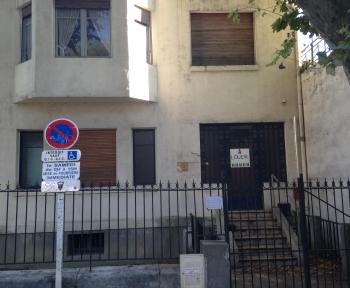 Location Local professionnel 6 pièces Arles (13200) - Proche Centre-ville