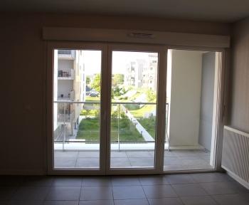 Location Appartement neuf 3 pièces Talence (33400) - Balcon - Parking - Salle de fitness et couloir de nage communs